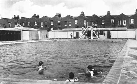 open air swimming bath millwall recreation ground
